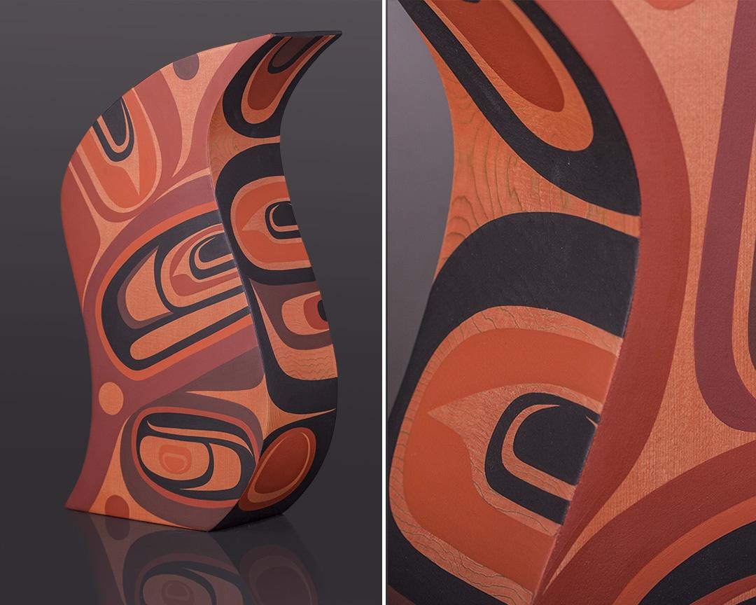 Imagine teve Smith – Dla'kwagila Oweekeno Red cedar, paint 14 x 8 x 3 wood sculpture original cedar northwest coast native art
