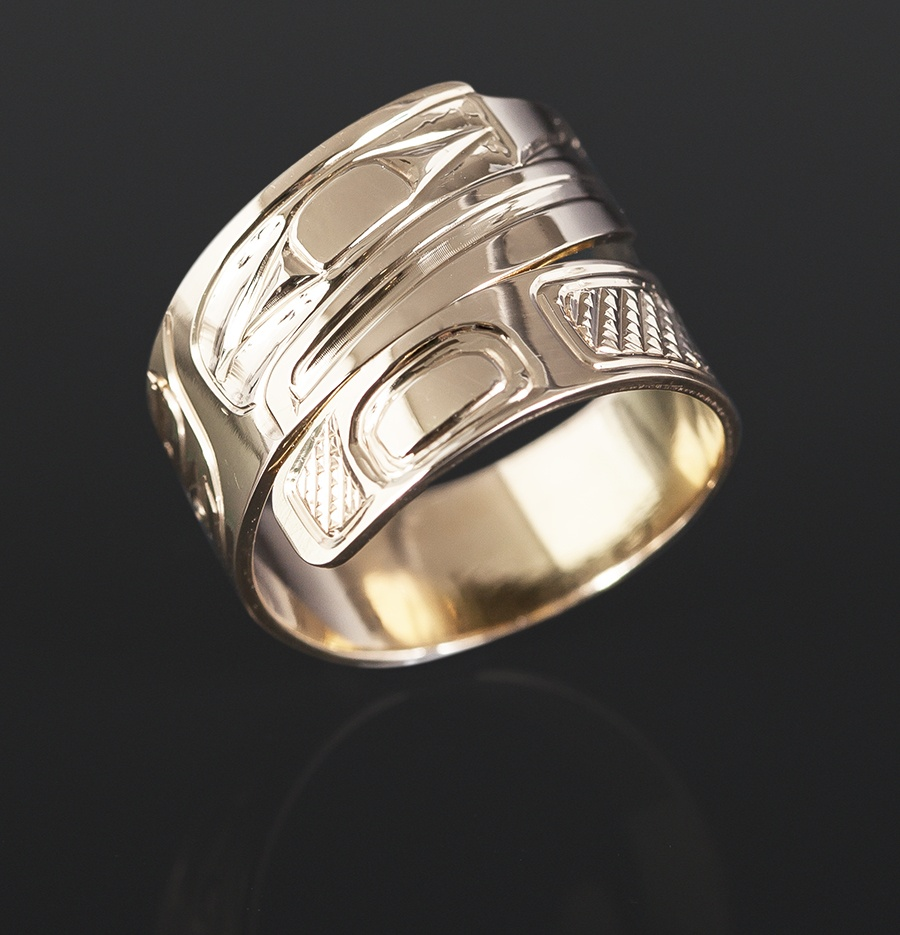 gold raven ring Bill Bedard Haida 14k gold Wrap ring jewelry northwest coast native art