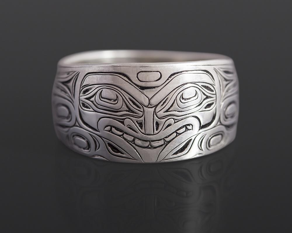 Fox ring Joseph Wilson Kwakwaka'wakw Oxidized silver northwest coast native art jewelry
