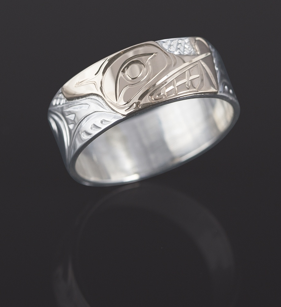 wolf ring Lloyd Wadhams Kwakwaka'wakw Hand carved 14k gold on sterling silver jewelry northwest coast native art