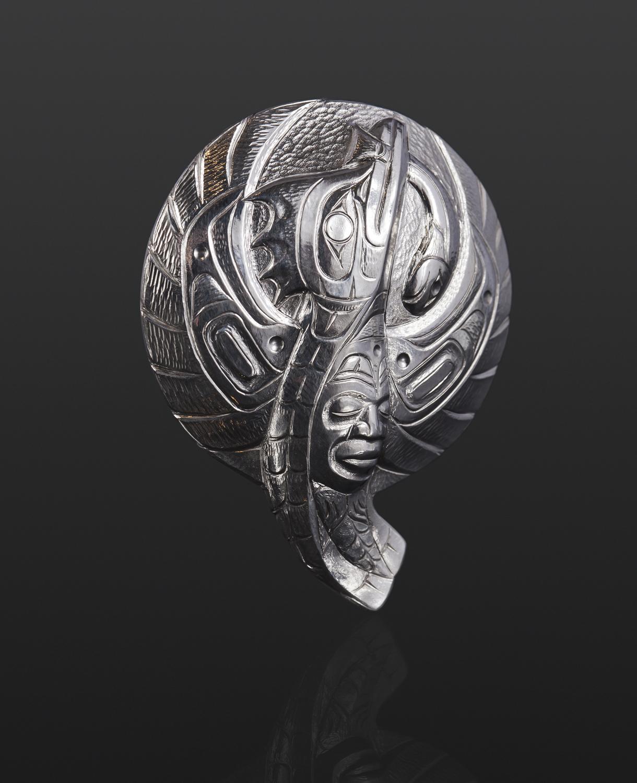 kingfisher Kingfisher Gus Cook Kwakwaka'wakw Silver 2 x 1½ 1800 repousse jewelry northwest coast pendant