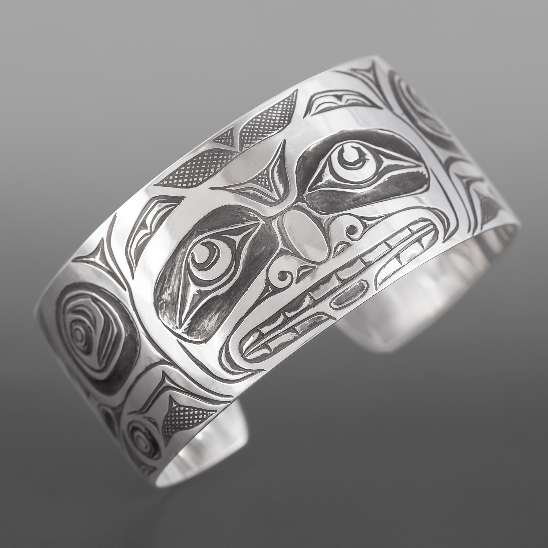 Bear Bracelet Kelvin Thompson Haisla  Silver