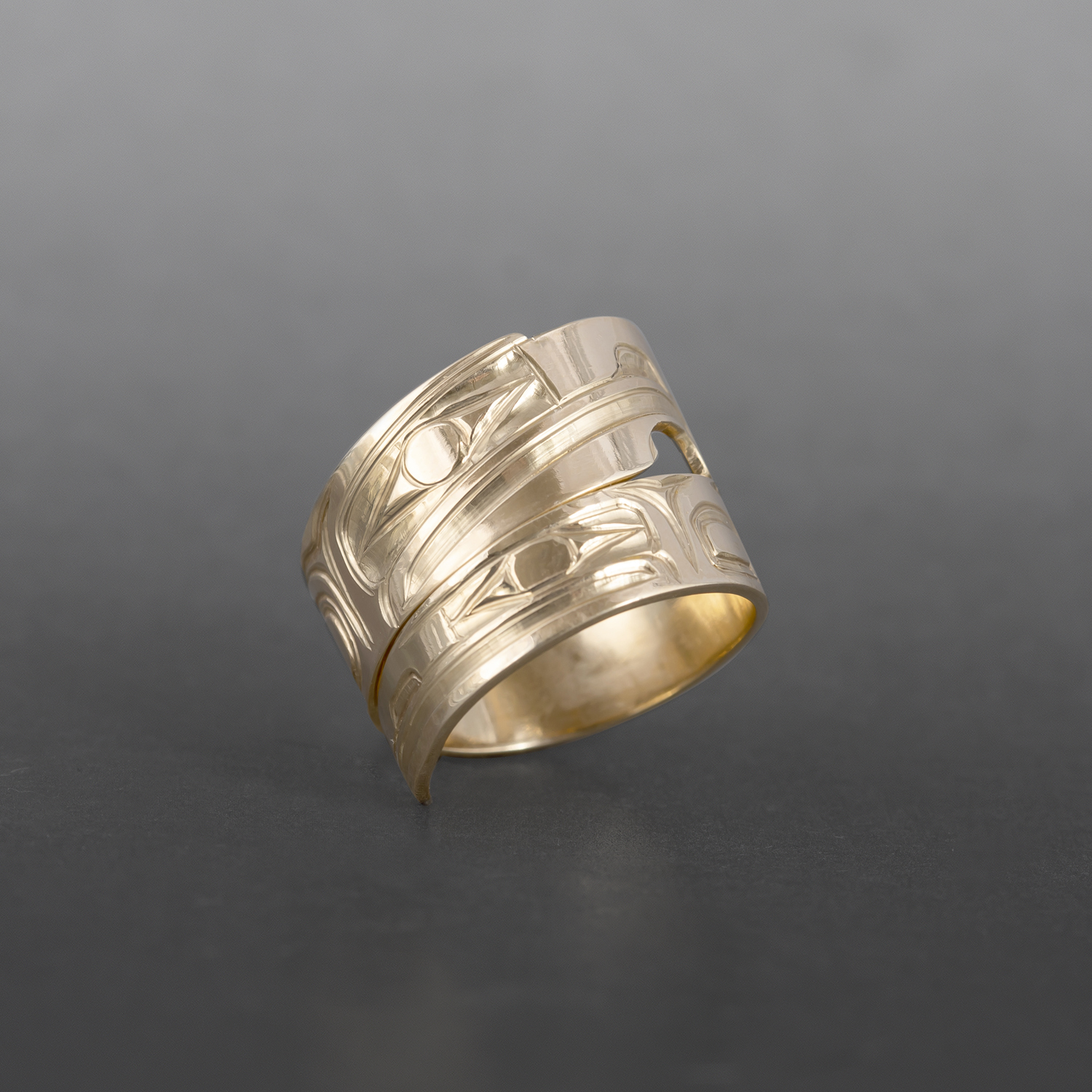 Lovebirds Wrap Ring Bill Bedard Haida 14k gold