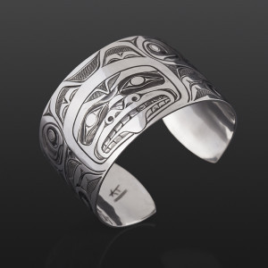 "Bear Mother and Cubs Kelvin Thompson Saulteaux/Haisla Silver, 1½"" $1100"